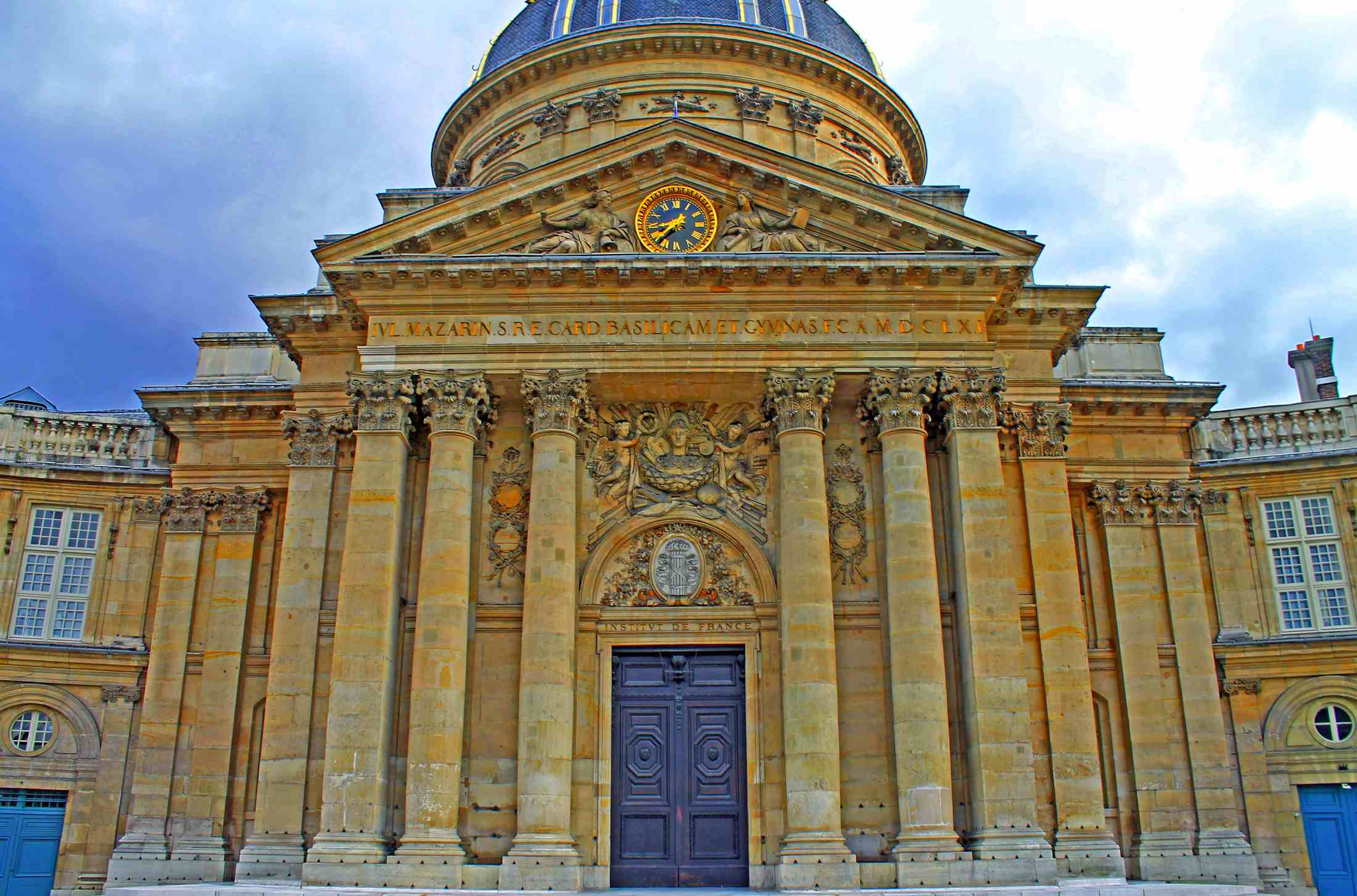 Institut de France - Focal Journey