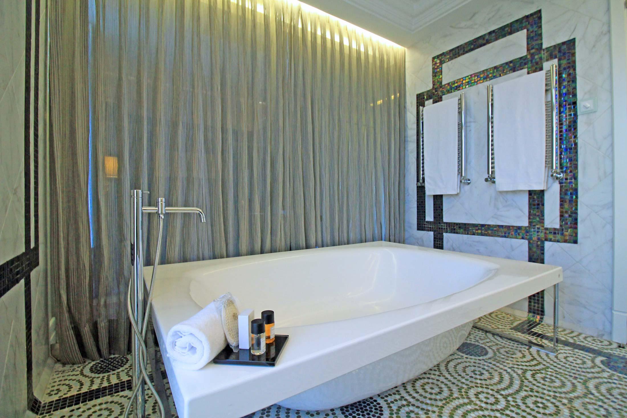 Unico Hotel Madrid - Focal Journey (by Gustavo Espinola)