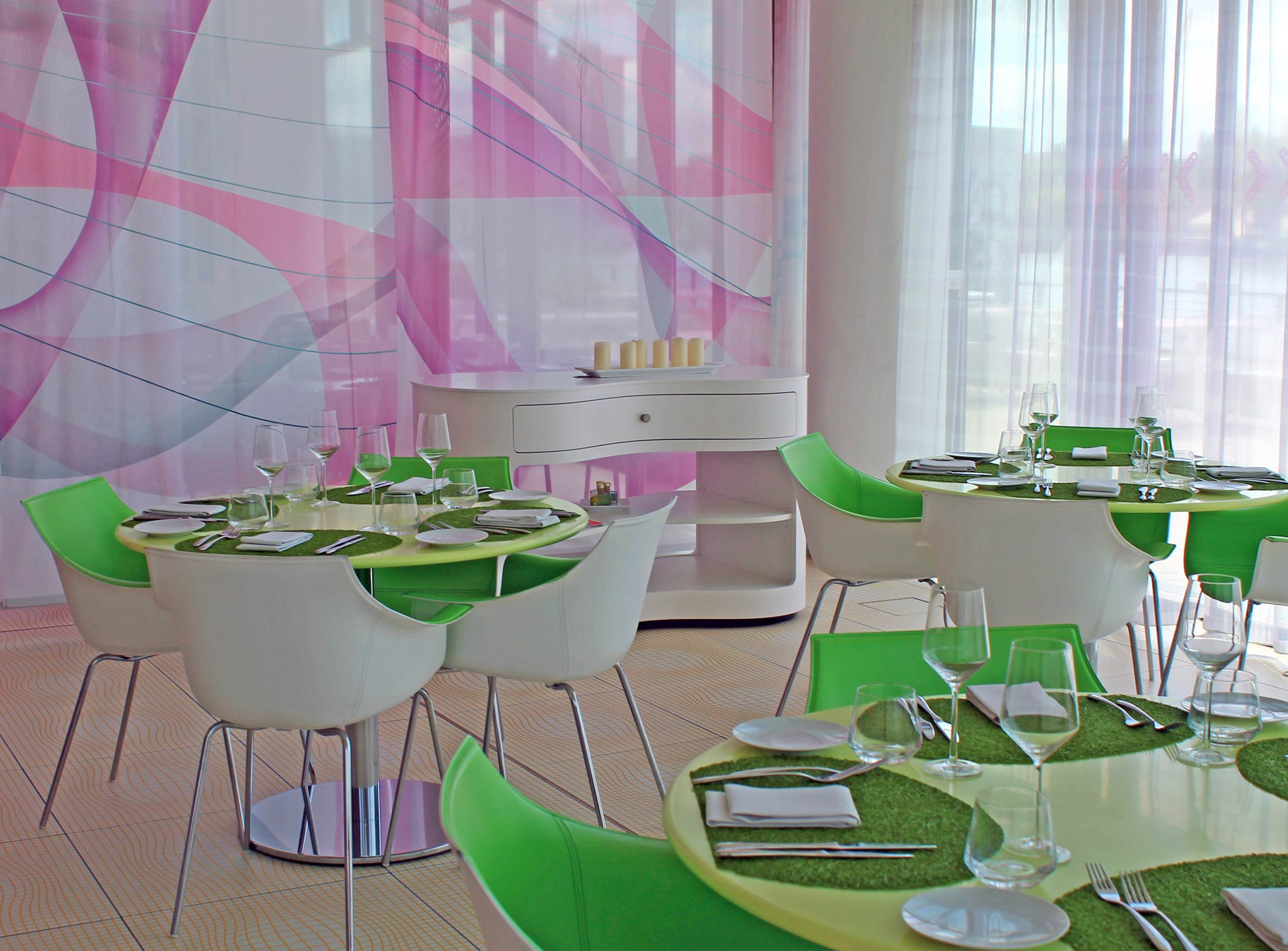 Fabrics Restaurant Berlin - Focal Journey (by Gustavo Espinola)