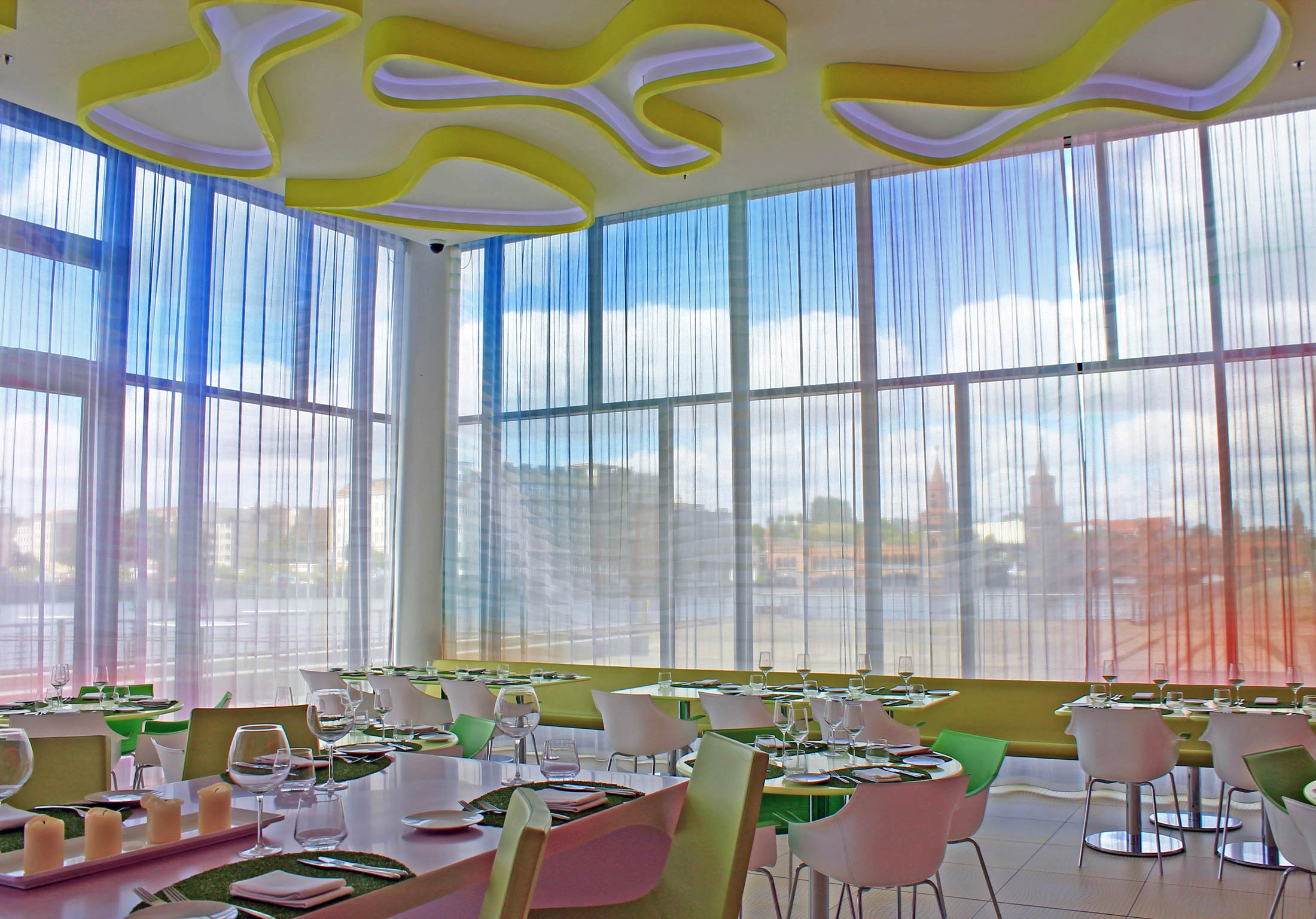 Fabrics restaurant Berlin - Focal Journey (by Gustavo Espinola)